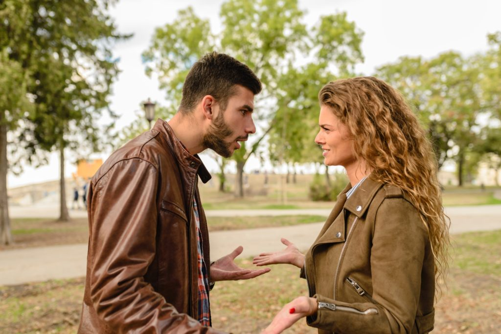 3 Steps to Diffuse Conflict & Preserve Your Sense of Self